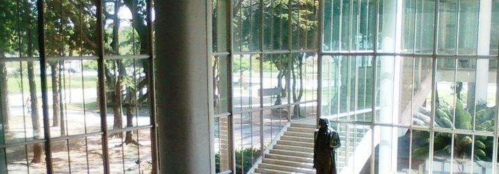 Foyer des Centro de Tecnologia auf der Universitätsinsel Ilha do Fundao
