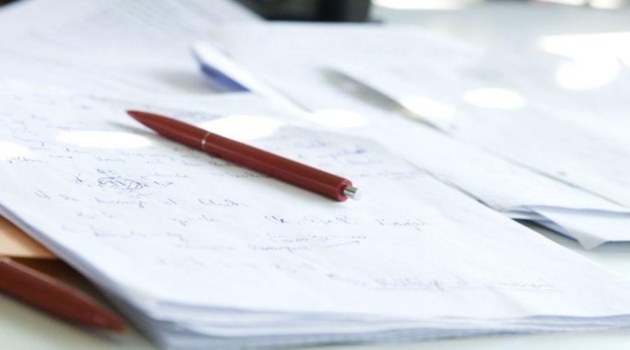 Bild: Papier und Stift; Quelle: anonym